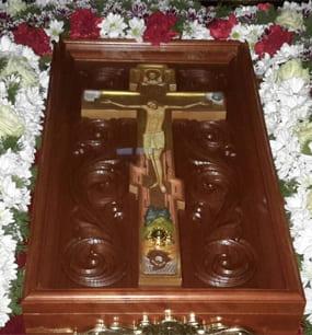Праздник в честь перенесения из Мальты в Гатчину частицы древа Животворящего Креста Господня 25 октября
