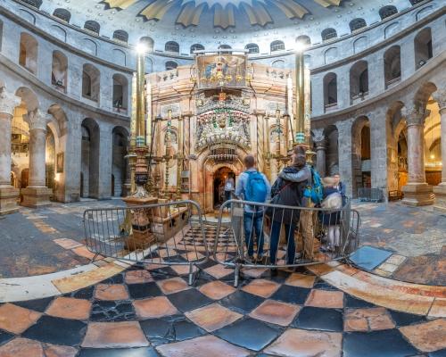 Храм Гроба Господня в Иерусалиме. 3d тур. Кувуклия. Основной вход.