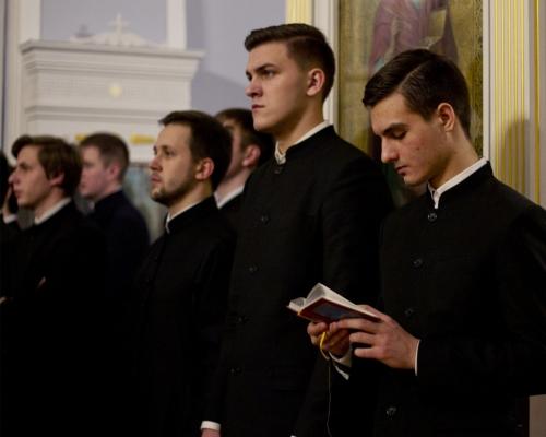 Таинство Священства. Как и зачем становятся пастырями народа Божия?