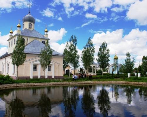 К каким святыням отправиться этим летом? Монастыри Западной Сибири